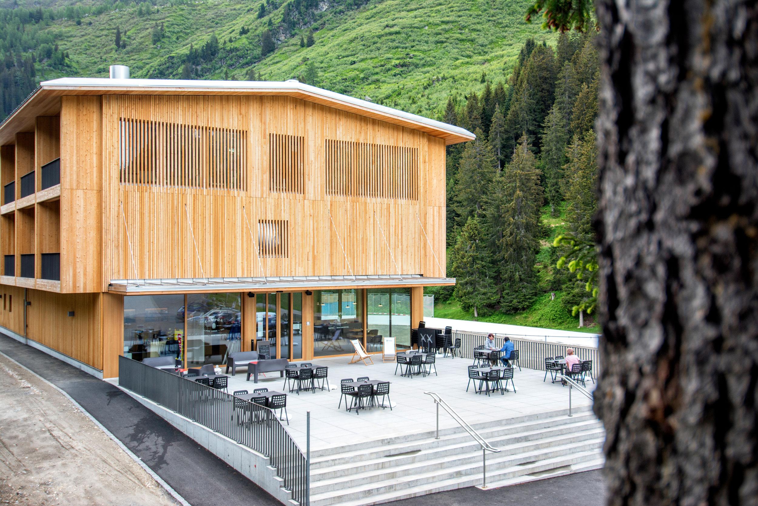 estate in terrazza al Campra Alpine Lodge & Spa